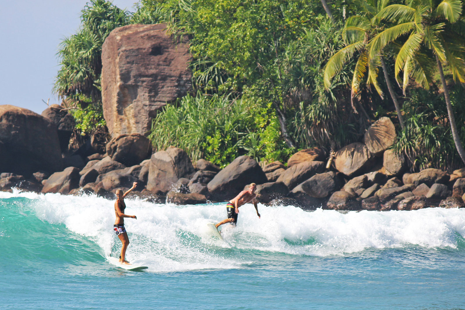 SwellRetreats Coed men and women surf retreats